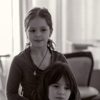 Сестры :: Ирина Остроухова