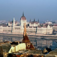 Будапешт. Вид на здание парламента :: Александр