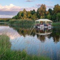 Прогулка на воде. :: Андрий Майковский