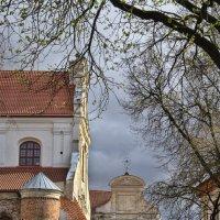 Монастырский дворик :: Kliwo