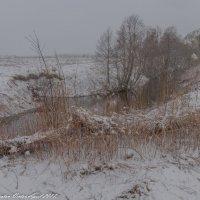 Апрельский снег. :: Виктор Евстратов