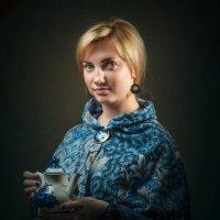 Катенька с брошкой :: Олег Дроздов