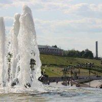Взрывная волна жизни Тюменской :: Александра Бояркина