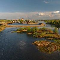 Люблю смотреть с моста на город мой родной... :: Александр Попов