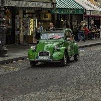 Едет едет по Парижу ... старый Ситроен :: Сергей Козырев