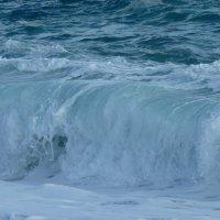Мгновенье замри ...бурлящая бездна,воды синева! :: Galina Leskova
