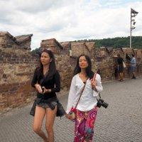 ИНО-туристы в Праге. :: Николай Ярёменко
