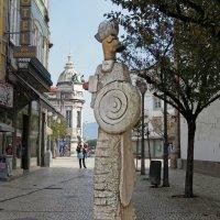 Памятник епископу. :: ИРЭН@ Комарова