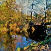 Рядом со старинным мостом... :: Sergey Gordoff