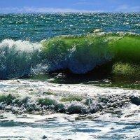 море волнуется два... :: Александр Корчемный