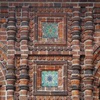 Фрагмент фасада церкви Иоанна Предтечи :: Николай Белавин