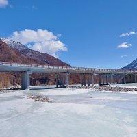 Мост на трассе Монды-Орлик :: Анатолий Иргл