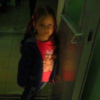 Неожиданная фотосессия у лифта :: Андрей Лукьянов