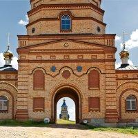 Надвратный храм. Покровский монастырь. Оренбургская область :: MILAV V