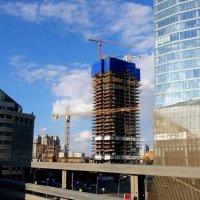 В Москве постоянно что-то строят... :: Елена