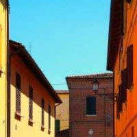 Свет Тень и Оранжевый домик :: M Marikfoto