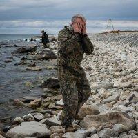 Умывание байкальской водой :: Дмитрий Шкредов