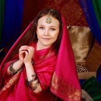 Фотосессия в индийском стиле :: Oksanka Kraft