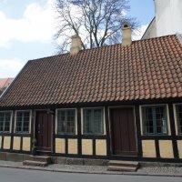 Дом, где жил Андерсен до 14 лет :: Irina Shtukmaster