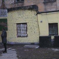 Старинная улица :: galina bronnikova
