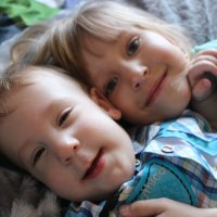Братишка и сестричка :: Анастасия Рябкова