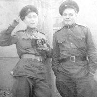 "Батя с ""Лейкой"" (слева) Германия 1945 :: Александр Прокудин"