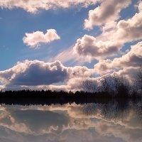 облачность и отражение... :: ВладиМер