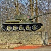 Танк Т-34 :: Marina Pavlova
