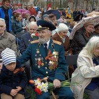 Спасибо ветеранам, что отстояли страну и сумели дать нам жизнь и мирное небо! :: Елена Павлова (Смолова)