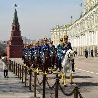 Кавалерийский почетный эскорт Президентского полка :: Ирина Бирюкова