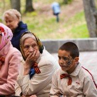 такие разные.. а праздник общий :: Александр Беляков