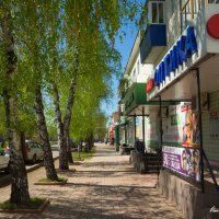 Весенняя улица :: Вячеслав Баширов