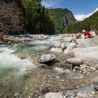 Прогулка по реке :: Дмитрий Шкредов