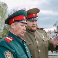 Казаки на страже порядка. :: Евгений Голубев