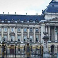 Королевский дворец :: Александр Корчемный