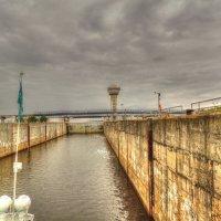 Шлюз, Чебоксарская ГЭС :: Алексей Гладышев