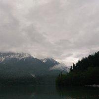 Озеро Рица :: Аlexandr Guru-Zhurzh
