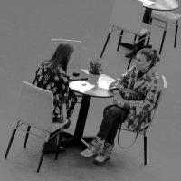 Круглый столик :: Tanja Gerster