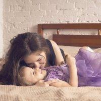 Модели: Валерия и ее озорная дочка Святослава) :: Никита Скалин