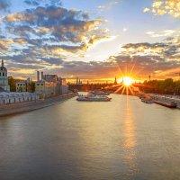 Майский вечер над Москвой. :: Максим
