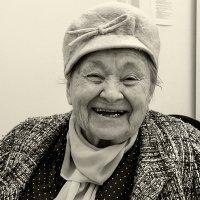 Ираида Степановна ,91 год :: Лариса Журавлева