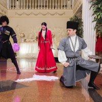 танец поединок... :: Батик Табуев