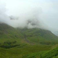 Облака в долине Глен Ко :: Марина Домосилецкая