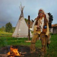 вечер в индейской деревне :: Elena Wymann