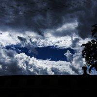 Окно в небо :: Виталий Павлов