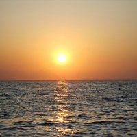 Закат над морем :: Vladimir Perminoff