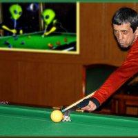 И инопланетян научим шары катать... :: Anatol Livtsov