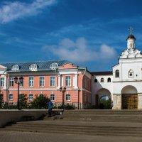 Введенский Владычный монастырь в Серпухове. :: Владимир Безбородов