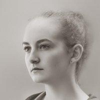 Портрет в светлых тонах :: Nn semonov_nn