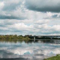 Синь упавшая в реку :: Алексей Сопельняк